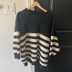Zara Black & white Sweater